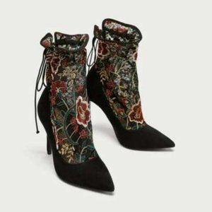 Zara Floral Embroidered Lace Shaft High Heels